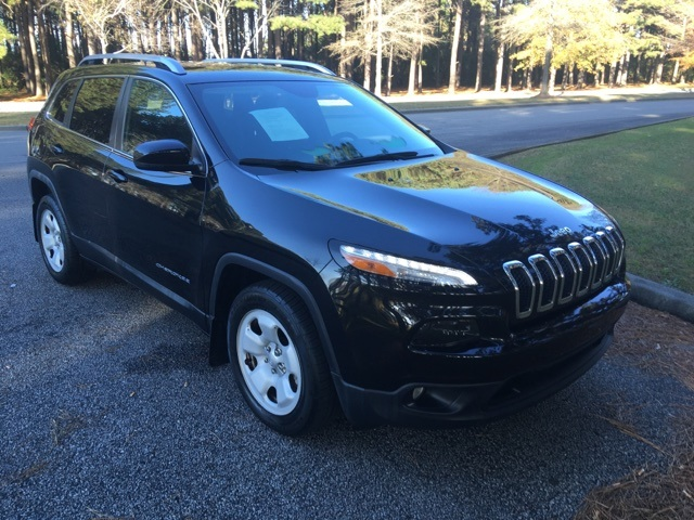 Pre-Owned 2016 Jeep Cherokee